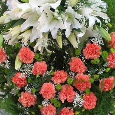 wieniec zkwiatów